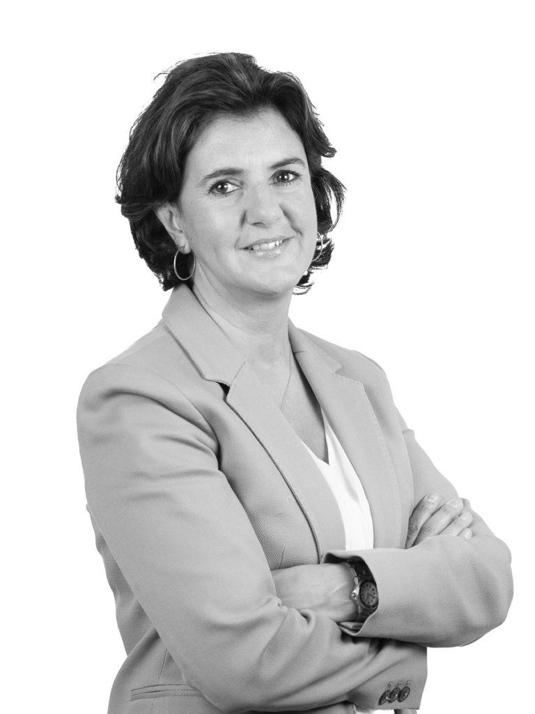 Mónica Esteban Para-legal en MBE Abogados